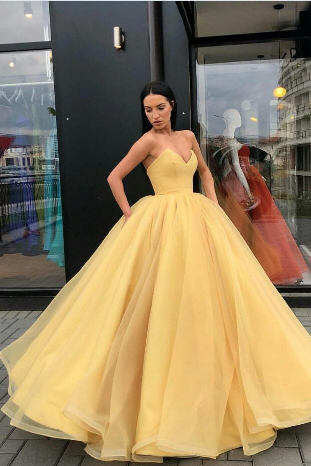 Plunging Sweetheart Puffy Yellow Ball Gown Prom Dresses Custom Made ...
