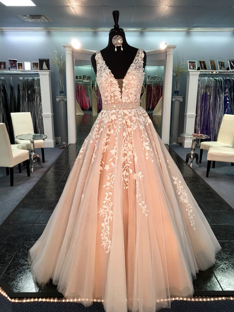 Lace Prom Dresses