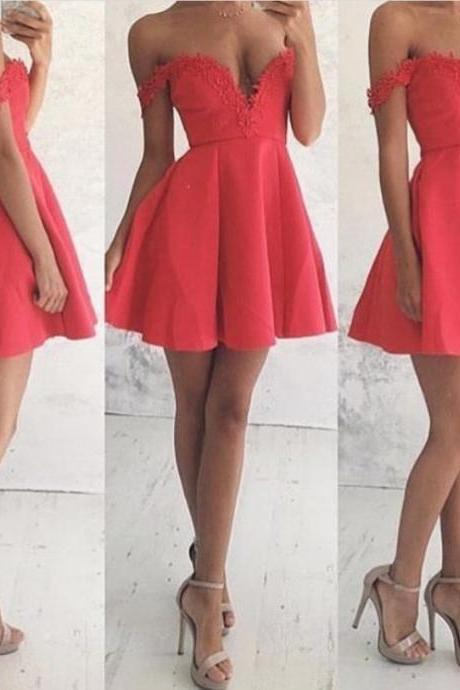 Off The Shoulder Short Homecoming Dress, Lace Mini Party Dresses, 2017 A-line Homecoming Dress, Sexy Homecoming Gown, Prom Party Dresses, Sweet 15 Dress, Birthday Dress