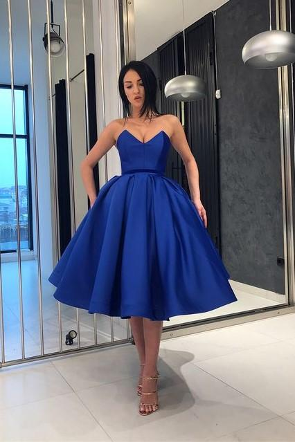 Plunging Neckline Royal Blue Satin Short Prom Dress Ball Gown Homecoming Dresses