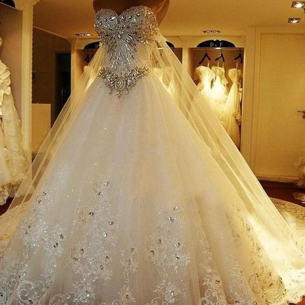 Amazing luxury wedding gowns bride dresses crystals cathedral amazing luxury wedding gowns bride dresses crystals cathedral wedding dresses free veil dresses for on luulla junglespirit Gallery